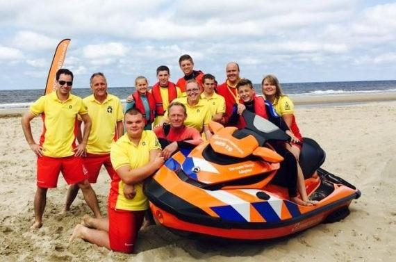Rettungsbrigade boot strand meer hemskerk