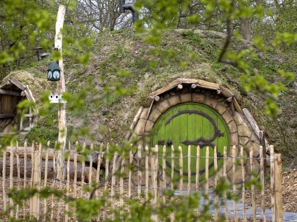 Hobbithaus Hobbit Herr der Ringe Unterkunft Camping Geversduin Holland
