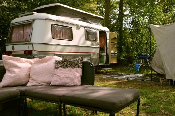 Wohnwagen couch Zelt Stellplatz Geversduin