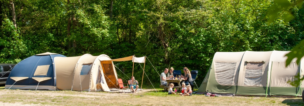 Familie Campen camping Geversudin tent